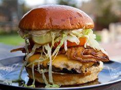 Straight-Up with a Pig Patty Burger-Guy Fieri Dog Recipes, Burger Recipes, Copycat Recipes, Great Recipes, Favorite Recipes, Cheeseburgers, Hamburgers, Food Network Star, Food Network Recipes