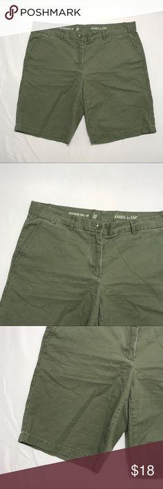"Khakis by Gap Olive Green Boyfriend Roll Up Shorts Khakis by Gap Olive Green Boyfriend Roll Up Shorts Size 10 Measures 18"" waist across laying flat and 18"" waist to hem. 9.95 oz GAP Shorts Bermudas"
