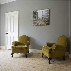 Lounge with Lamp Room Gray and Wimborne White