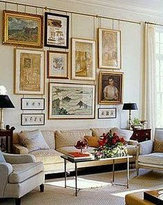 Hanging Art: from a picture rail (no holes in the wall). Possible DIY with copper pipe. Art Of Living, Home And Living, Living Room, Inspiration Wand, Wal Art, Wall Decor, Room Decor, Hanging Art, Picture Rail Hanging