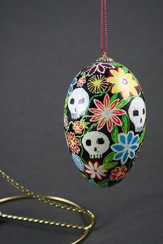 Okay, this Dia de los Muertos egg really tickles me.