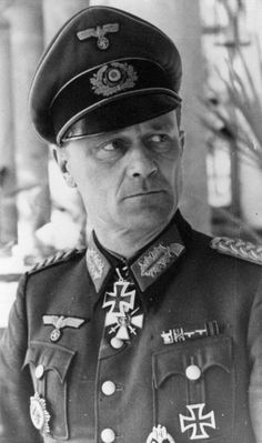 ✠ Eberhard Thunert (22 November 1899 - 4 May 1964) RK 01.02.1945 Generalmajor Kdr 1. Pz.Div