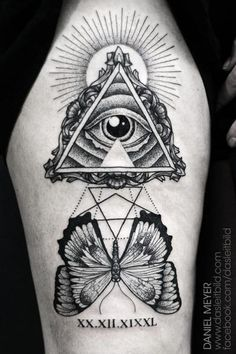 Tatuagem Ombro Dotwork Borboleta Deus por Leitbild