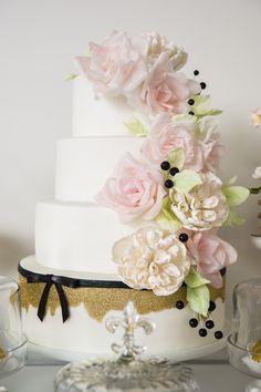 Wedding Cake at #Malaparte #Toronto #Wedding #TorontoWedding #WeddingCake | Photo: Jean-Marc Robin (Ikonica)