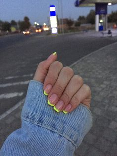 Image about girl in Nails. by Évelly on We Heart It - nails - Uploaded by Évelly. Find images and videos about nails, green and short nails on We Heart It – t - Aycrlic Nails, Neon Nails, Swag Nails, Hair And Nails, Neon Yellow Nails, Tribal Nails, Colorful Nails, Manicure For Short Nails, Neon Nail Art