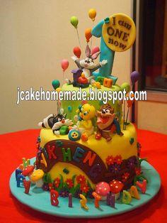 Looney Tunes Birthday cake by Jcakehomemade, via Flickr