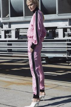 Robert Rodriguez Spring 2018 Ready-to-Wear  Fashion Show Collection