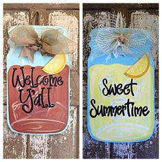 Maybe you're from the South, live in the South or just like some good sweet tea or lemonade in the South. This adorable door hanger is a take from our popular Mason Jar with fireflies. This sweet tea, Welcome Y'all door hanger is adorable. Mason Jar Crafts, Mason Jars, Wooden Crafts, Diy And Crafts, Burlap Door Hangers, Wood Cutouts, Sweet Tea, Paint Party, Wooden Doors