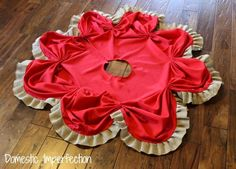 Tree skirt from a tablecloth and burlap