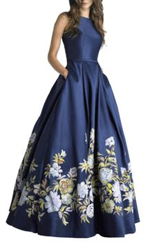 Evening gowns with sleeves, bcbg dresses, floral print gowns, printed gowns, Indian Gowns Dresses, Indian Fashion Dresses, Modest Dresses, Stylish Dresses, Elegant Dresses, Pretty Dresses, Beautiful Dresses, Flapper Dresses, Dance Dresses