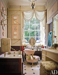 By Mario Buatta interior design. www.betterdecoratingbible.com