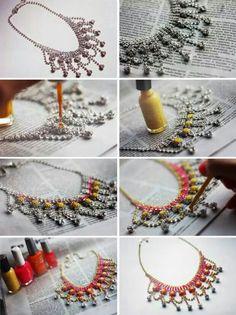 Renovar un collar con esmalte para uñas