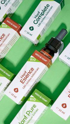 CBG steht für Cannabigerol 🌿 Ein wenig unbekannter als CBD, ist CBG ebenfalls ein natürliches, pflanzliches Cannabinoid und interagiert mit dem körpereigenen Endocannabinoidsystem. Unser CBG-reiches Vollextrakt in Bio Hanföl mit Cannabinoiden, Terpenen, Flavonoiden, Phenolen, ungesättigten Fettsäuren, Vitaminen und Mineralstoffen. #Medihemp Bio Hanf Essence ist 🍃 100% naturrein 🎖️ bio-zertifiziert 🧪 schonend extrahiert 🐰 vegan und gentechnikfrei und ✅ hat eine hohe Bioverfügbarkeit Fett, Vegan, Products, Vegans