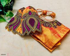 Cutwork Blouse Designs, Wedding Saree Blouse Designs, Blouse Back Neck Designs, Fancy Blouse Designs, Hand Work Blouse Design, Maggam Work Designs, Designer Blouse Patterns, Hand Designs, Gown Wedding