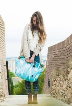 Tongue>bag >>> Turquoise Waves