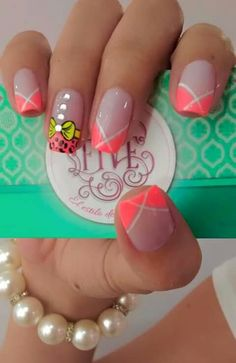 Perfect Summer Gel Nails Art Designs and Ideas – Gel Nails Fancy Nails, Diy Nails, Cute Nails, Pretty Nails, Fingernail Designs, Toe Nail Designs, Acrylic Nail Designs, Spring Nail Art, Spring Nails