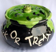 Halloween One Hundred 80 Degrees - Toad/Frog Cauldron Cookie Jar