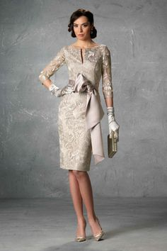 Godmother dresses: the second most important woman at a wedding. Mob Dresses, Gala Dresses, Cute Dresses, Evening Dresses, Fashion Dresses, Formal Dresses, Bride Dresses, Party Dresses, Mother Of Bride Outfits