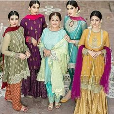 What an aura for eid. simply the royal elegance Pakistani Wedding Outfits, Pakistani Dresses, Indian Outfits, Indian Dresses, Mehendi Outfits, Pakistani Couture, Pakistani Dress Design, Pakistani Bridal, Shadi Dresses