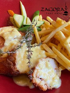 Farmhouse chicken breast flattened and stuffed with ham and mozzarella, rolled and crumbed and fried till golden brown. Served with homemade duck fat chips and a creamy garlic sauce. Creamy Garlic Sauce, Frozen Meals, Golden Brown, Mozzarella, Ham, Fries, Grilling, Rolls, Breast