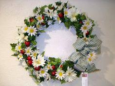 strawberry wreath inspiration