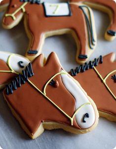 Kentucky Derby Horse Cookies #kentuckyderby #talkderbytome @TheDailyBasics ♥♥♥ @Harpreet Singh Dent Robin White♥♥♥