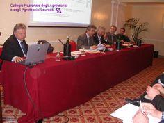 Il palco della Presidenza. Da sinistra Lorenzo Gallo, Roberto Orlandi, Attilio Iaccarino, Valentino Laiti, Federico Minotto.