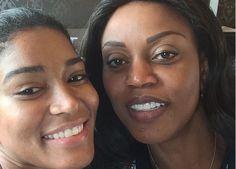 Madrinha do Comité Miss Angola homenageada pelas afilhadas http://angorussia.com/entretenimento/famosos-celebridades/madrinha-do-comite-miss-angola-homenageada-pelas-afilhadas/