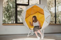 The Planet Chair challenges what we imagine the work in the office looks like. Instead of feeling isolated in a cubicle, the Planet chair induces the sense of focus and peace. The minimalist design is combined with comfort in this spherical nesting space. Design Furniture, Unique Furniture, Chair Design, Furniture Board, Furniture Layout, Diy Furniture, Planet Design, Unique Housewarming Gifts, Cozy Chair