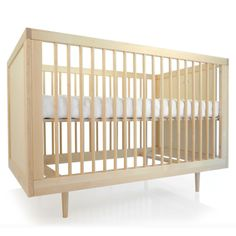 Spot on Square Ulm Crib found on Layla Grayce #laylagrayce #spotonsquare #crib