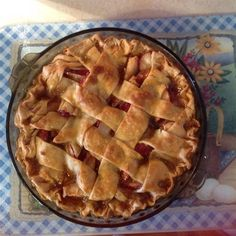 Classic caramel apple pie with a twist! The caramel filling sauce is poured over the lattice-top of the pie, giving it a more intense flavor. Apple Pie Recipes, Pastry Recipes, Tart Recipes, Yummy Recipes, Fun Desserts, Delicious Desserts, Dessert Recipes, Fruit Recipes, Chef John Food Wishes