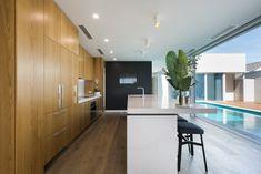 Caesarstone Quartz Colours for Kitchens & Bathrooms Kitchen Colors, Kitchen Design, Calacatta Nuvo, Engineered Stone, Kitchen Flooring, Kitchen And Bath, Kitchen Builder, Design Inspiration, Building Architecture