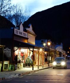 No trip to Queenstown is complete without a visit to awesome Arrowtown, rich heritage, great food, fantastic shopping
