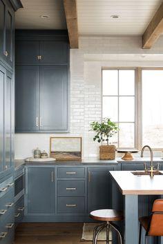 6 Cabinet Styles For Your Next Kitchen Reno blue shaker kitchen cabinets Shaker Kitchen Cabinets, Kitchen Cabinet Styles, Kitchen Reno, Kitchen Remodel, Blue Shaker Kitchen, Blue Cabinets, Kitchen Islands, Kitchen Layout, Kitchen Backsplash