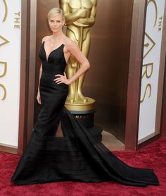 Charlize Theron in Christian Dior Couture at the 2014 Academy Awards