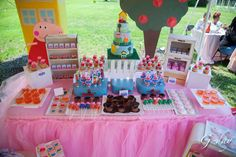 Peppa pig themed party Birthday Party Ideas | Photo 31 of 39 | Catch My Party