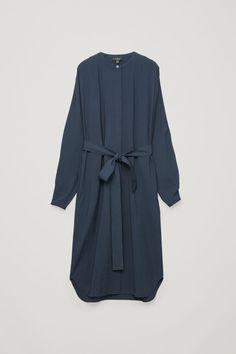 Front image of Cos in blue Ulzzang Fashion, Hijab Fashion, Fashion Dresses, Wardrobe Sale, Belted Shirt Dress, Beautiful Outfits, Fashion Brand, New Dress, Shirt Style
