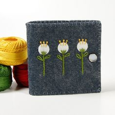 Felt Needlebook - would be cute with buttons for flowers