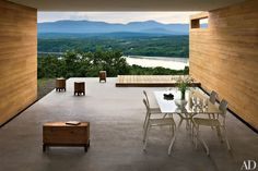 A Hudson Valley vacation community seeks to fulfill the fantasies of design-minded New YorkersA new book from Princeton Architectural Press celebrates natural architecture todayHow an elegant but welcoming entryway introduces a home's personalityA new book showcases the best in sustainable house ideas
