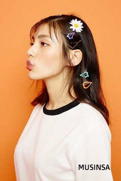 입체적으로 그린 여성미. 가 준비한 '김용지 컬렉션'