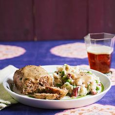 Spring Meatloaf Patties with Mashed Potatoes and Peas