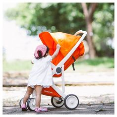 Today Spring officially started! Time to take your Greentom Upp stroller for a walk outside! #greentom #stroller #spring #sunny #walk