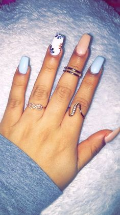 45 So Sassy Marble Nail Art Designs für 2019 Top 82 Winter-Inspired Nail Art Designs For 2019 Cute Spring Nails, Spring Nail Art, Nail Designs Spring, Nail Art Designs, Best Nail Designs, Acrylic Nail Designs For Summer, Summer Toenails, Bright Summer Nails, Flower Nail Designs