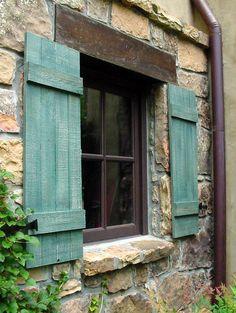 Shutter and lintel design