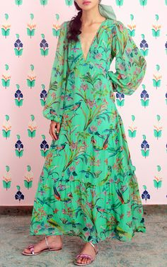 Get inspired and discover Banjanan trunkshow! Shop the latest Banjanan collection at Moda Operandi. Chiffon Dress, Silk Dress, Silk Chiffon, Turquoise Clothes, Black Dress Outfits, Dream Dress, Spring Summer Fashion, Short Dresses, Fashion Looks