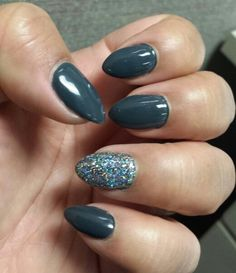 Love my almond shaped nails w/grey gel polish and glitter accent nail. Great for Winter