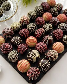 Sweet World Ideas Chocolate Sweets, Chocolate Muffins, Chocolate Truffles, Marshmallow Fudge, Homemade Marshmallows, Holiday Desserts, Fun Desserts, Delicious Desserts, Sweet Recipes