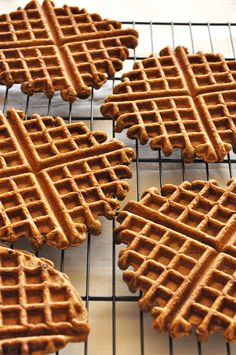 Vegan Gingerbread Waffles - replace whole wheat pastry flour with coconut/almond flour, canola oil with coconut oil