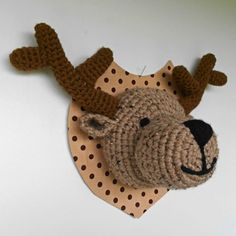 Free mounted deer head pattern (in French but looks easily translateable for an experienced crocheter)