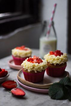 How to bake Eggless Strawberry Cupcakes at home from scratch- light, sweet, fluffy, delicious and eggless recipe using fresh strawberries. Eggless Desserts, Eggless Recipes, Eggless Baking, Baking Recipes, Cookie Recipes, Dessert Recipes, Strawberry Cupcake Recipes, Cupcake Frosting Recipes, Strawberry Bread